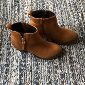 Steve Madden leather booties. Size 7.